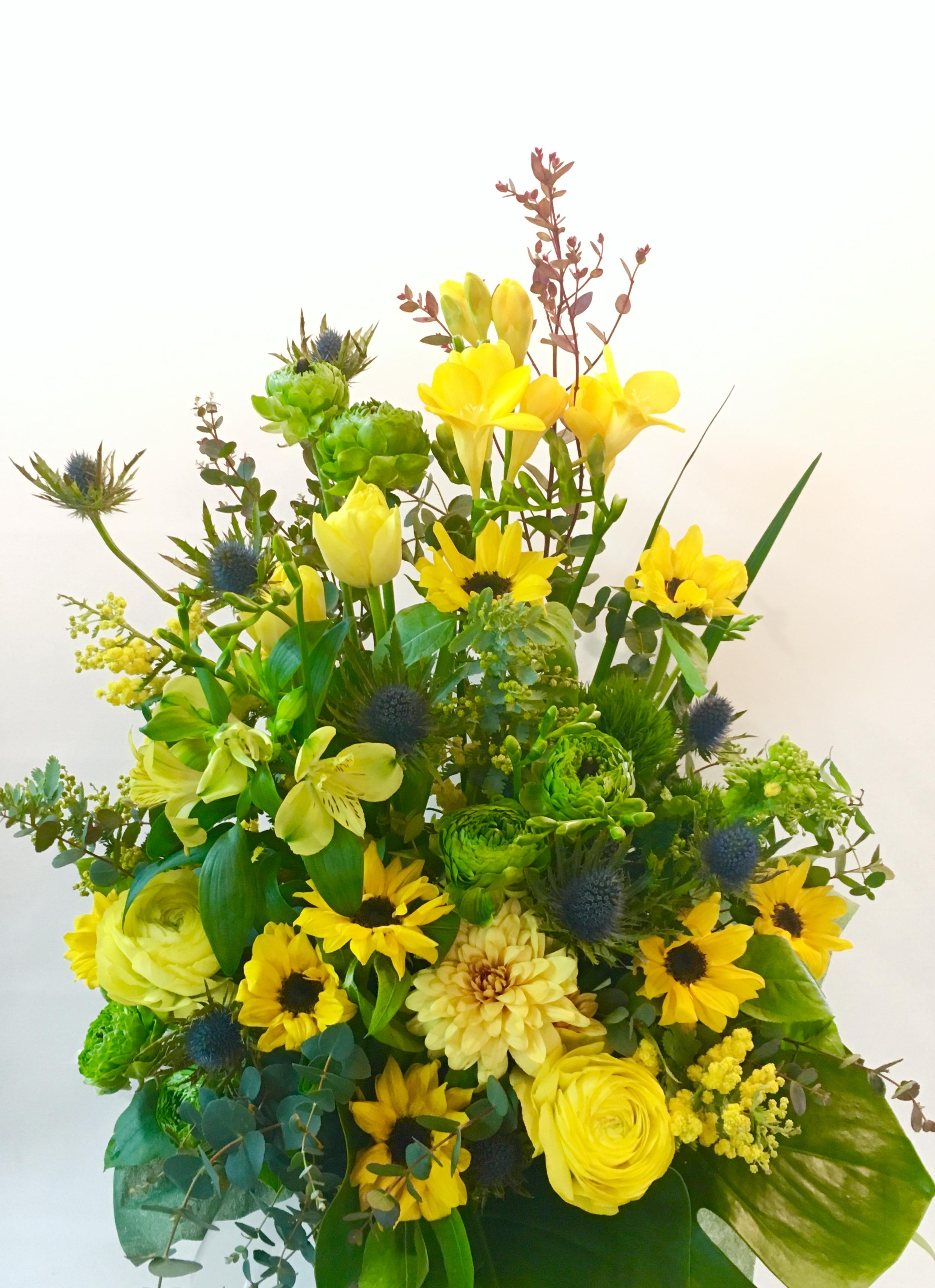 【お花納品事例25】横浜市関内にある法人企業様に花束を配達しました!