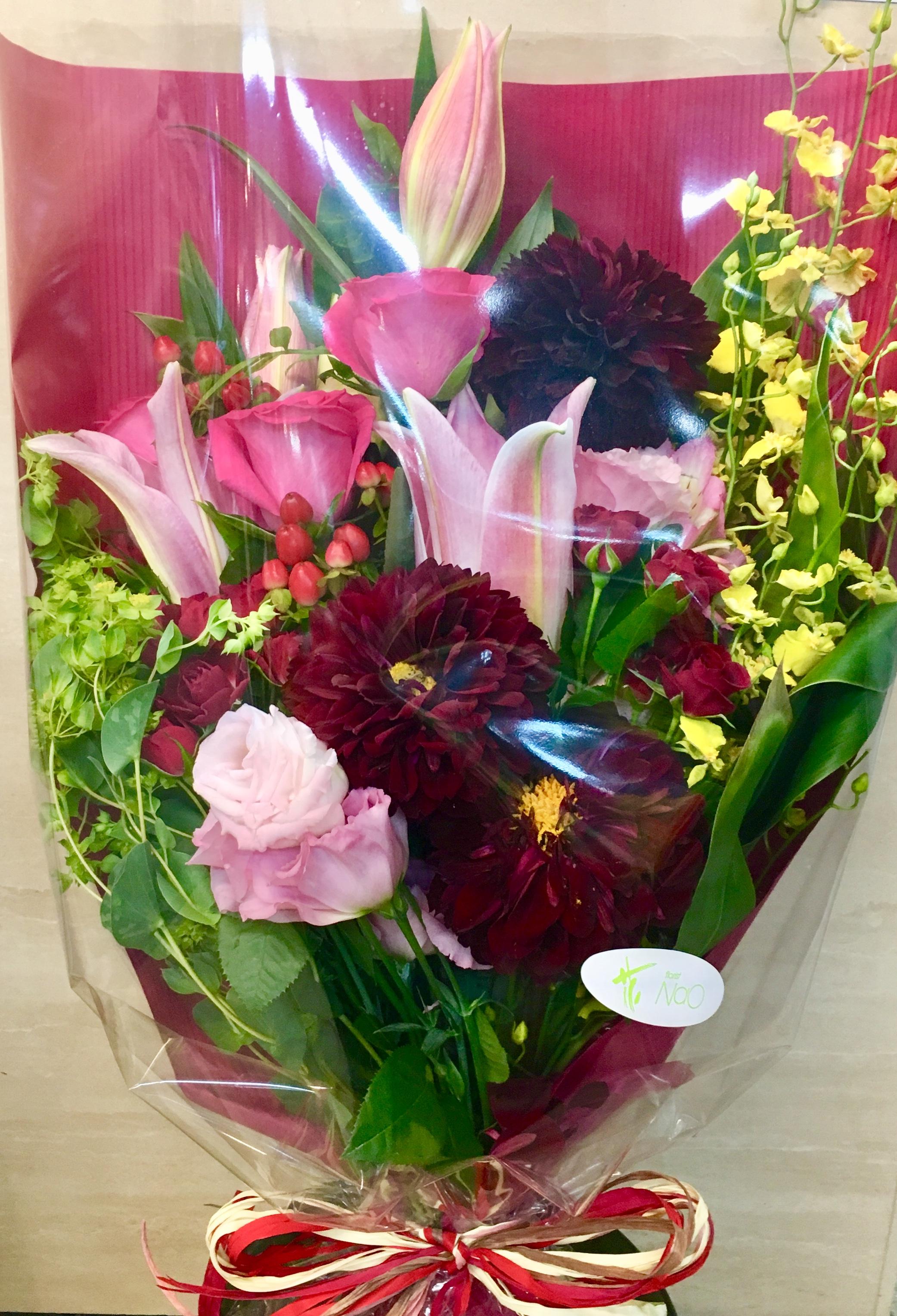 【ナオ花屋の納品事例34】横浜市関内の法人企業様へ花束を配達しました!