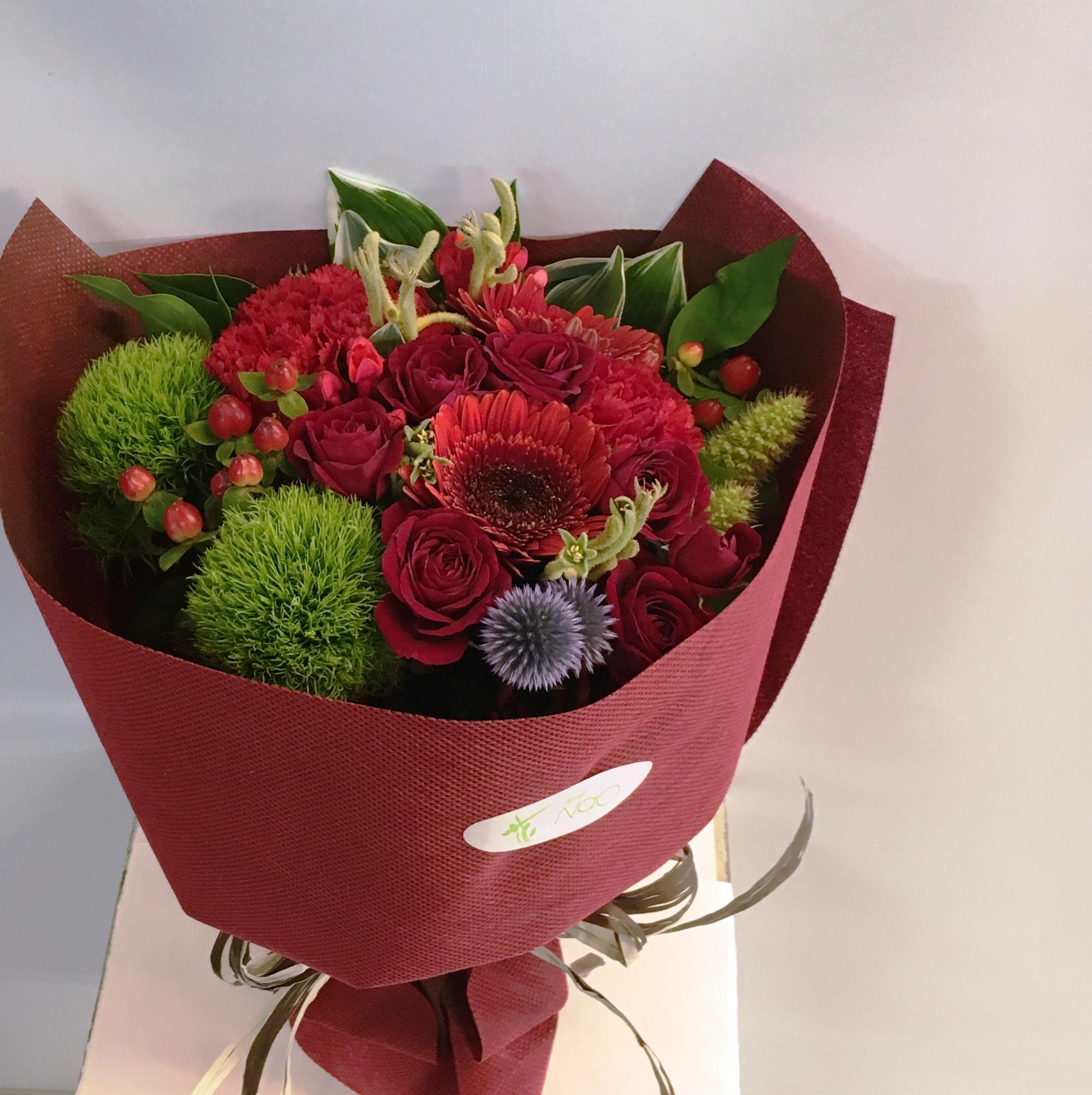 【ナオ花屋の納品事例52】横浜市中区関内の法人企業様より花束を配達しました!