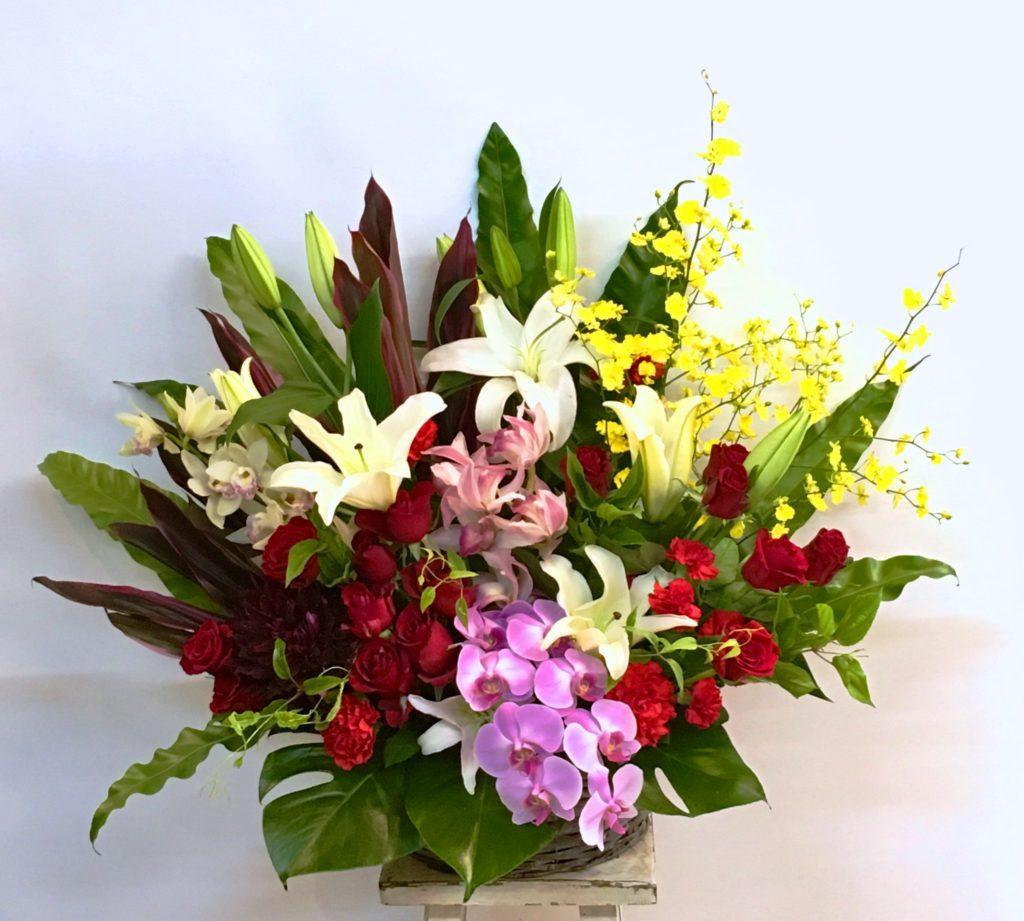 【ナオ花屋の納品事例69】横浜市関内の横浜文化体育館へ花篭を配達しました!