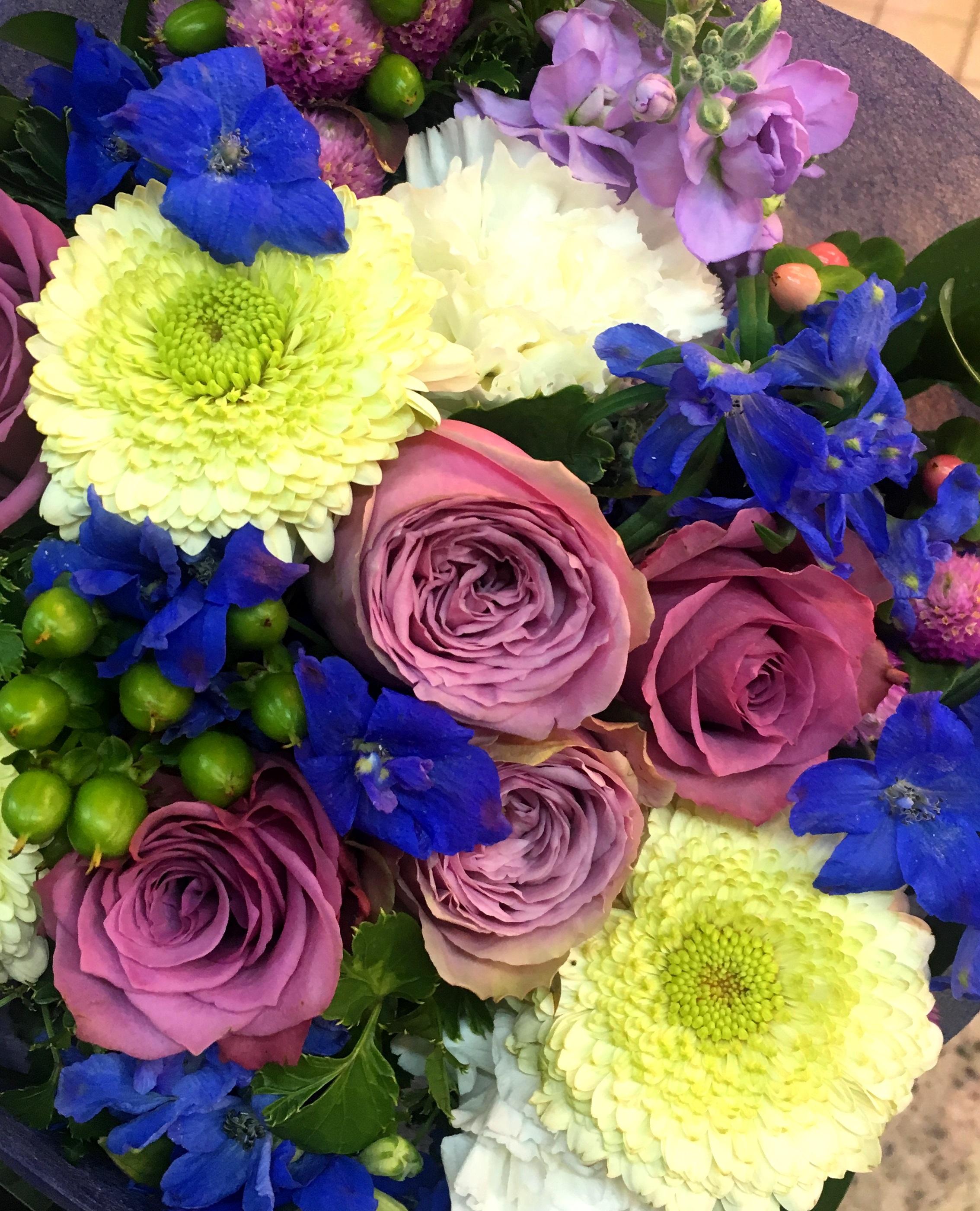 【ナオ花屋の納品事例197】横浜市関内相生町の法人企業様へスタンド花を配達しました!