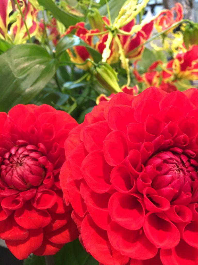 【ナオ花屋の納品事例233】横浜市関内の法人企業様へ花束を当日・即日配達しました!
