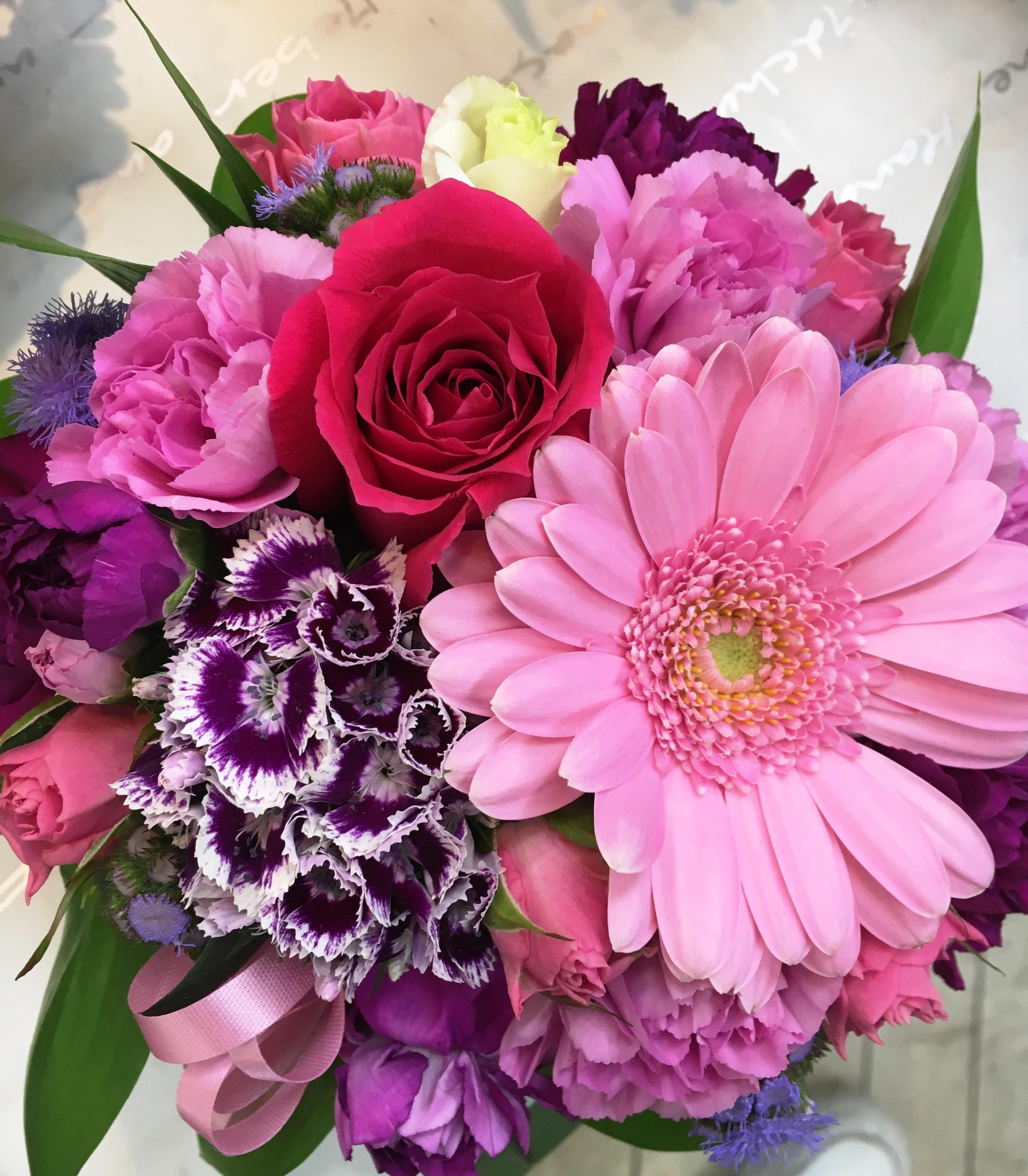 横浜市関内へ壺花を即日当日配達しました!【横浜花屋の花束・スタンド花・胡蝶蘭・バルーン・アレンジメント配達事例287】