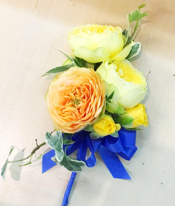 横浜市関内へスタンド花を即日当日配達しました!【横浜花屋の花束・スタンド花・胡蝶蘭・バルーン・アレンジメント配達事例302】