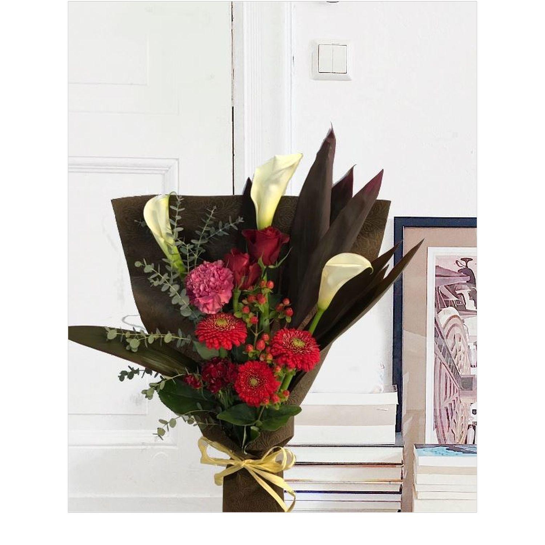 ベーシック赤系花束
