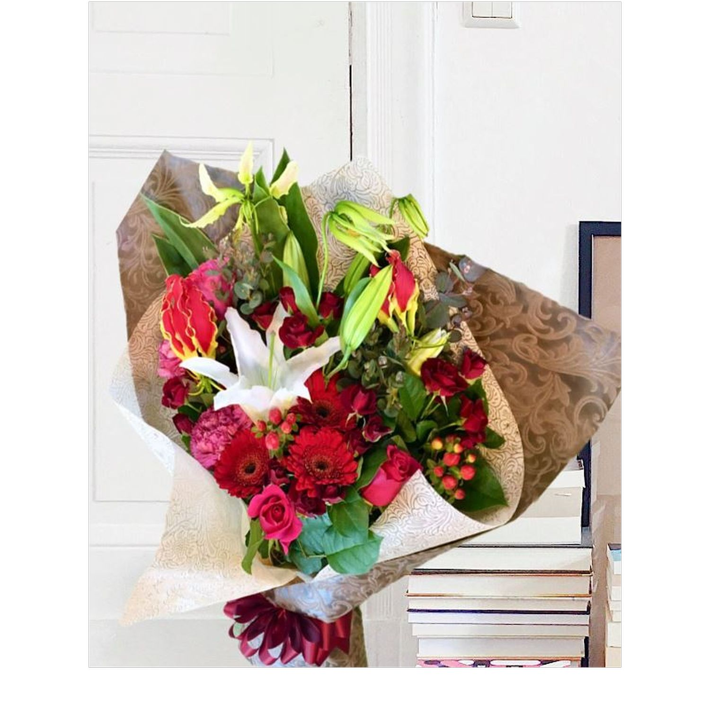 レギュラー赤系花束