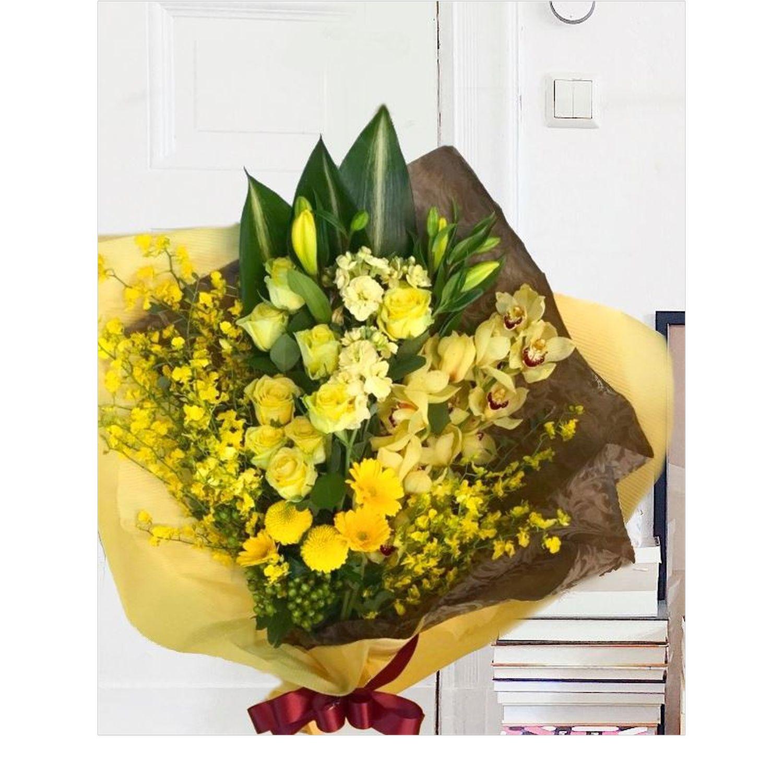 ハイグレード黄色オレンジ系花束
