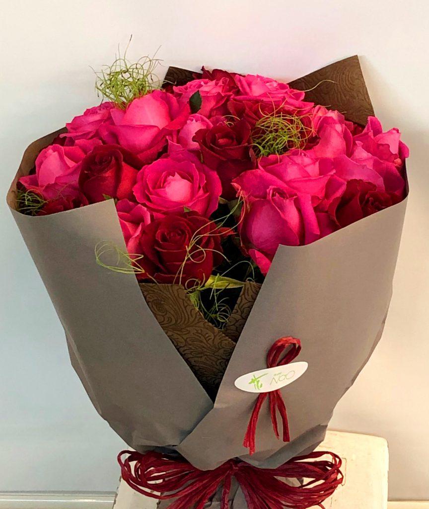 横浜市中区山手へバラの花束を当日即日配達しました!【横浜花屋の花束・スタンド花・胡蝶蘭・バルーン・アレンジメント配達事例354】