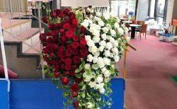 横浜文化体育館へオリジナルスタンド花を配達しました!【横浜花屋の花束・スタンド花・胡蝶蘭・バルーン・アレンジメント配達事例464】