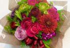 横浜市関内南仲通へお誕生日アレンジメントを即日当日配達しました。【横浜花屋の花束・スタンド花・胡蝶蘭・バルーン・アレンジメント配達事例504】
