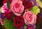 横浜赤レンガ倉庫モーションブルーへスタンド花を配達しました。【横浜花屋の花束・スタンド花・胡蝶蘭・バルーン・アレンジメント配達事例527】