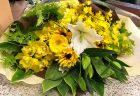 横浜市関内へフラワーアレンジメントを即日当日配達しました。【横浜花屋の花束・スタンド花・胡蝶蘭・バルーン・アレンジメント配達事例541】