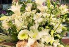 みなとみらいの某有名ホテルへバラの花束を配達しました。【横浜花屋の花束・スタンド花・胡蝶蘭・バルーン・アレンジメント配達事例567】