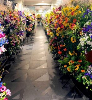 関内へスタンド花を即日当日配達しました。【横浜花屋の花束・スタンド花・胡蝶蘭・バルーン・アレンジメント配達事例612】