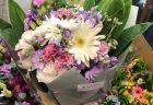 横浜市関内へスタンド花を配達しました。【横浜花屋の花束・スタンド花・胡蝶蘭・バルーン・アレンジメント配達事例609】
