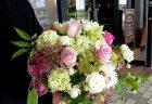 横浜市中区山手町へフラワーアレンジメントを当日即日配達しました。【横浜花屋の花束・スタンド花・胡蝶蘭・バルーン・アレンジメント配達事例640】
