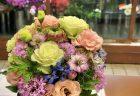 横浜市中区石川町へ花束3束を即日当日配達しました。【横浜花屋の花束・スタンド花・胡蝶蘭・バルーン・アレンジメント配達事例635】