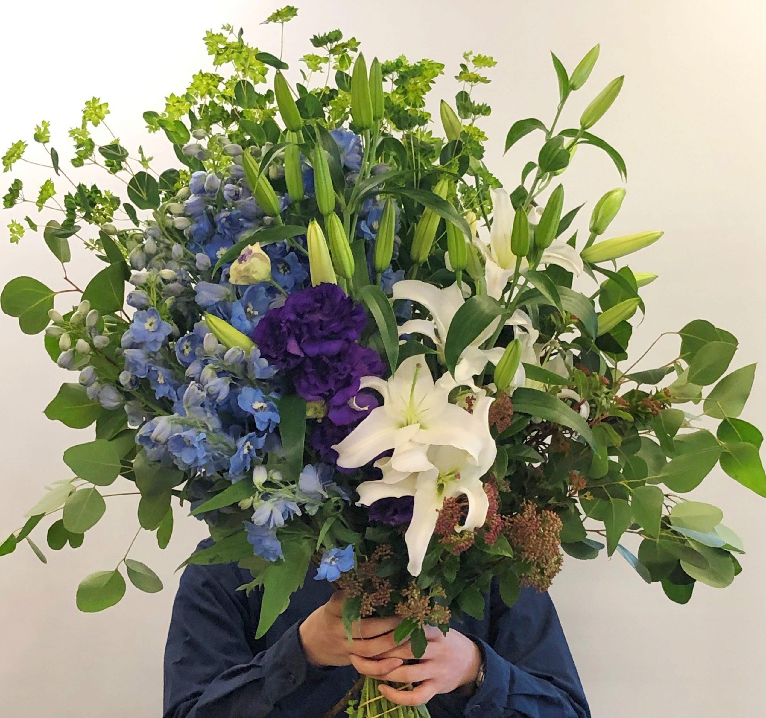 横浜市本町へ花束を即日当日配達させていただきました。【横浜花屋の花束・スタンド花・胡蝶蘭・バルーン・アレンジメント配達事例664】