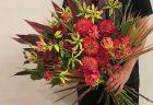 横浜市みなとみらいへ花束を即日当日配達させていただきました。【横浜花屋の花束・スタンド花・胡蝶蘭・バルーン・アレンジメント配達事例681】