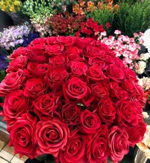 ヨコハマインターコンチネンタルホテルへバラの花束を配達しました。【横浜花屋の花束・スタンド花・胡蝶蘭・バルーン・アレンジメント配達事例702】