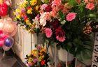 横浜市関内へフラワーアレンジメントを即日当日配達しました。【横浜花屋の花束・スタンド花・胡蝶蘭・バルーン・アレンジメント配達事例695】