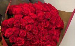 アニヴェルセル横浜へ8時15分に100本のバラの花束を配達しました。【横浜花屋の花束・スタンド花・胡蝶蘭・バルーン・アレンジメント配達事例892】