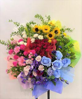 KT Zepp Yokohamaへオーダーメイドスタンド花を配達しました。【横浜花屋の花束・スタンド花・胡蝶蘭・バルーン・アレンジメント配達事例944】
